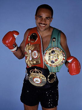 Lloyd Honeyghan  wearing all three belts as undisputed Welterweight World Champion