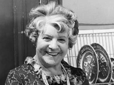 Irene Handl in 1966  has died aged 85 a much-loved comedy character actress.