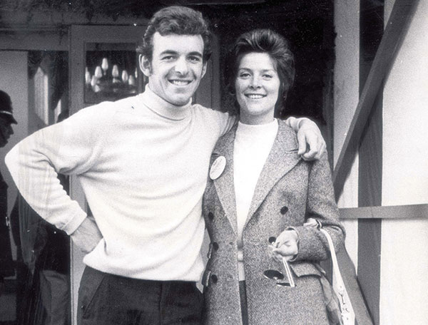 Tony Jacklin and his first wife Vivien who died aged 42